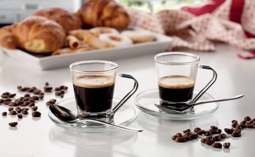 Obrázok ku článku Ovládněte pákový kávovar Ariete a připravte si luxusní kávu jako pravý Ital