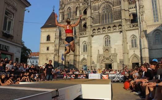 Obrázok ku článku Ďalší ročník atletických súťaží JBL JUMP FEST v centre Košíc bude 5. a 6. septembra